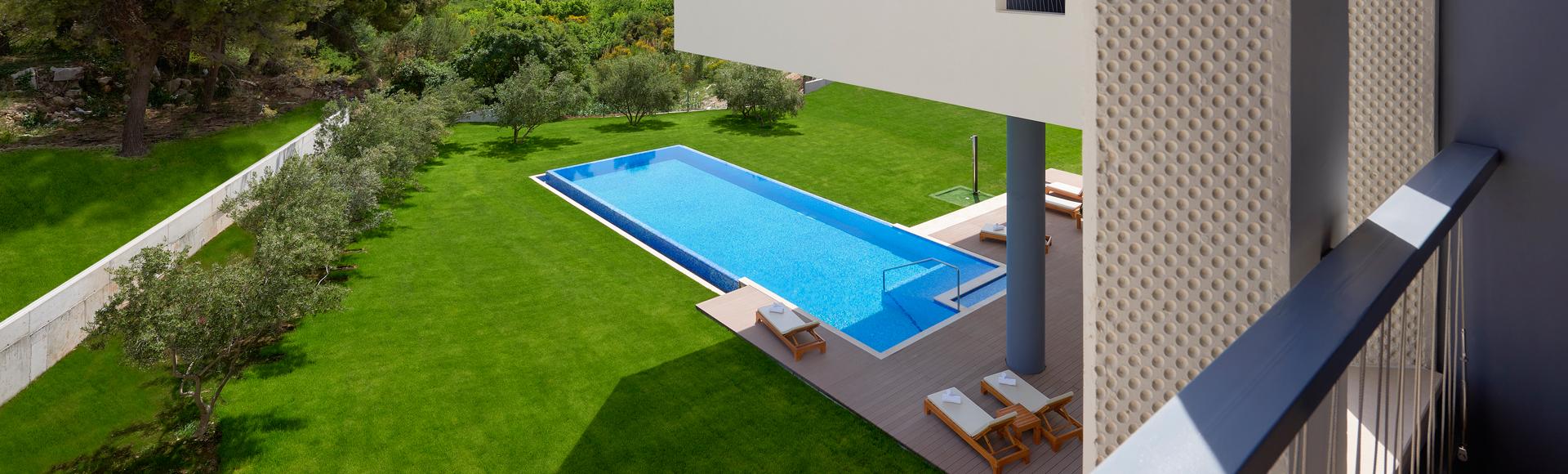 Deluxe soba s pogledom na bazen