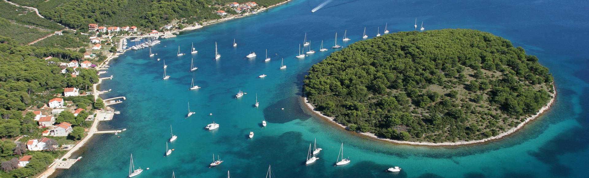 Jedrenje dalmatinskim otocima
