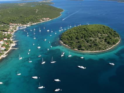 Jedrenje oko dalmatinskih otoka